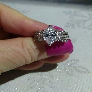 #00122 Genuine Sterling SilverMarquis Cut Ring